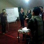 Sesi sharing kelompok pelatihan  jajaran pimpinan PT. Matahari Department Store