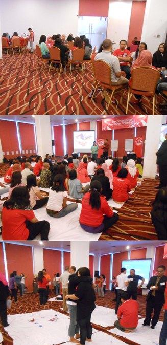 (Pic. 1) Peserta melakukan diskusi dalam kelompok dan saling sharing satu sama lain.  (Pic. 2) Peserta mengikuti materi yang diberikan oleh Trainer Pak Andra Donata. (Pic. 3)Peserta saling memberi dukungan kepada peserta lainnya.